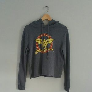 Wonder Woman Hooded Sweashirt Gray Size S